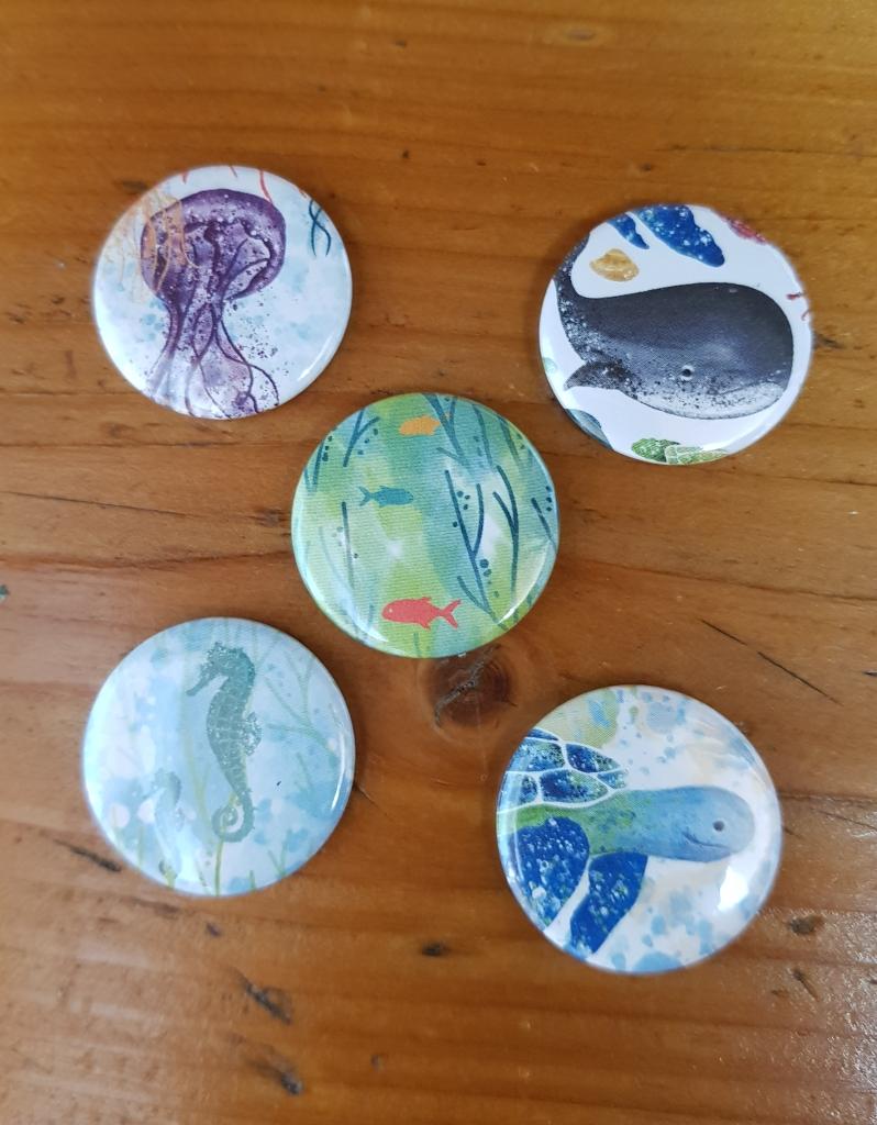5 Buttons aus dem Designerpapier Meereswelt 4,90 Euro